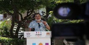Devant un public virtuel Des vers de poésie dans les jardins de Tétouan