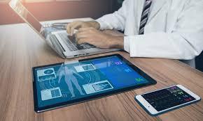 Innovation Des accessoires connectés pour détecter le virus avant tout symptôme